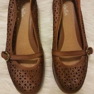 Abella Cognac Flat Slip On Shoes Size 6